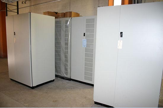 University of Arizona Computer Center UPS Installation